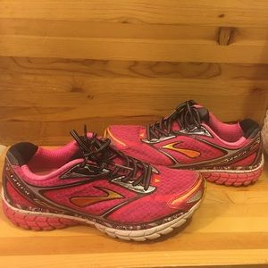 BROOKS GHOST 7 DNA SHOES 9,5 size